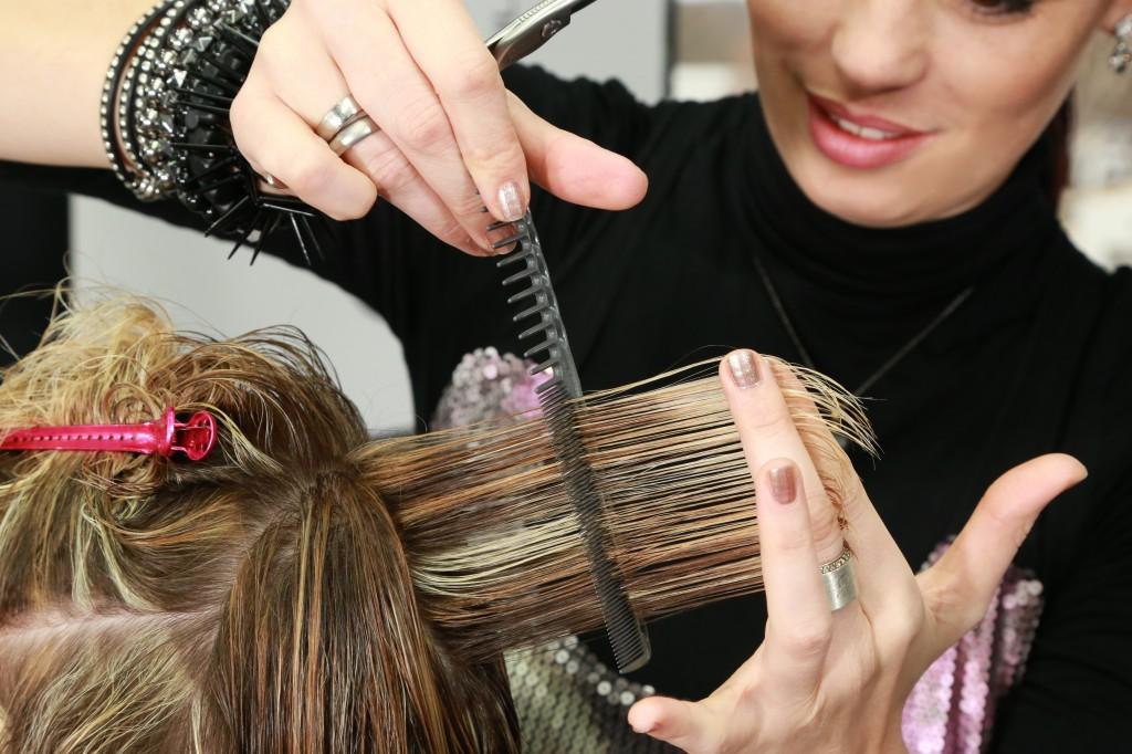 Haareschneiden-Friseur-Six-Sense-Ismaning